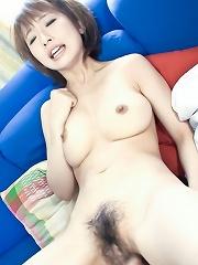 Schoolgirl Yui Misaki with her guy fucking like bunnies