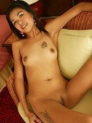 Beautiful tiny Asian shows her amazing ass!