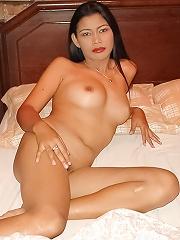 Naked Thai peach