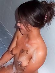 Thai Soapy massage girl