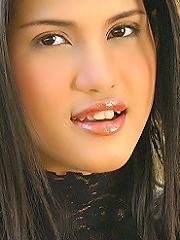 Emily Yoshikawa Nude