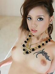 Lina Aishima stripsoff her lingerie