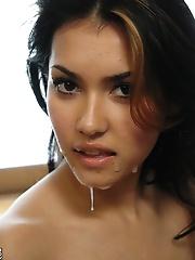 Maria Ozawa gets a sticky cum facial